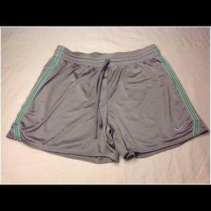 Women's Size L Nike Athletic Shorts